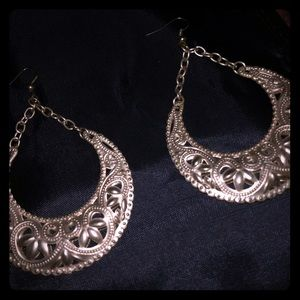 Gold Tone Filigree Detail Drop Earrings